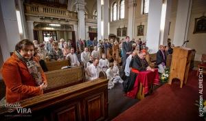 modlitba před svatostánkem